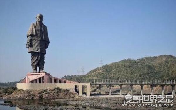 世界上最高的雕塑排名,印度统一女神像世界最高(182米)